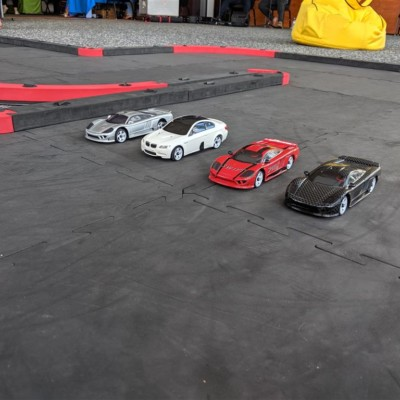 Remote control car race track